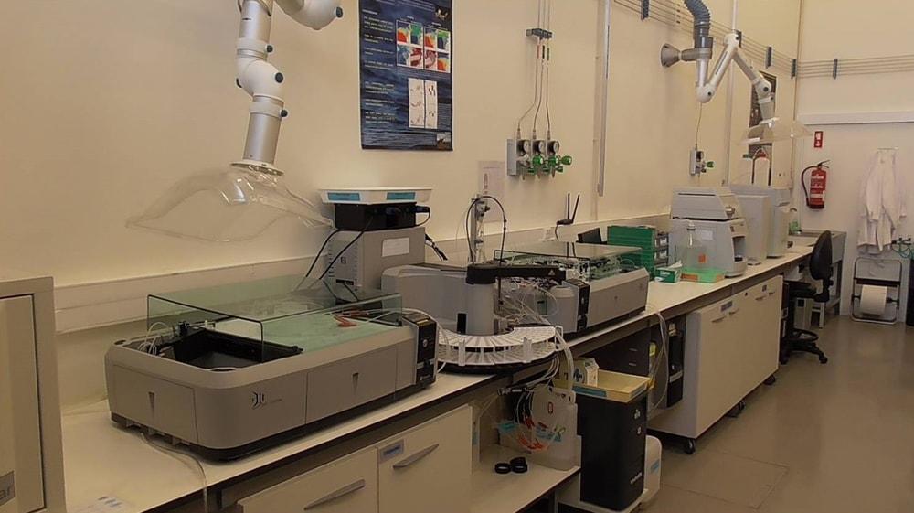 Laboratório de análises químicas – MAREFOZ