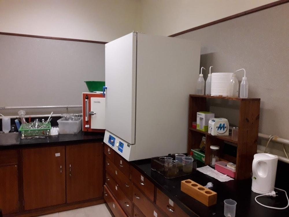 Equipamento de laboratório – Ficologia, Biotecnologia Algal, Botânica e Ecologia Marinhas – MARE-UCoimbra